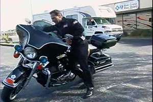 TIPS & TRICKS: HOW TO PICK UP YOUR FALLEN MOTORCYCLE